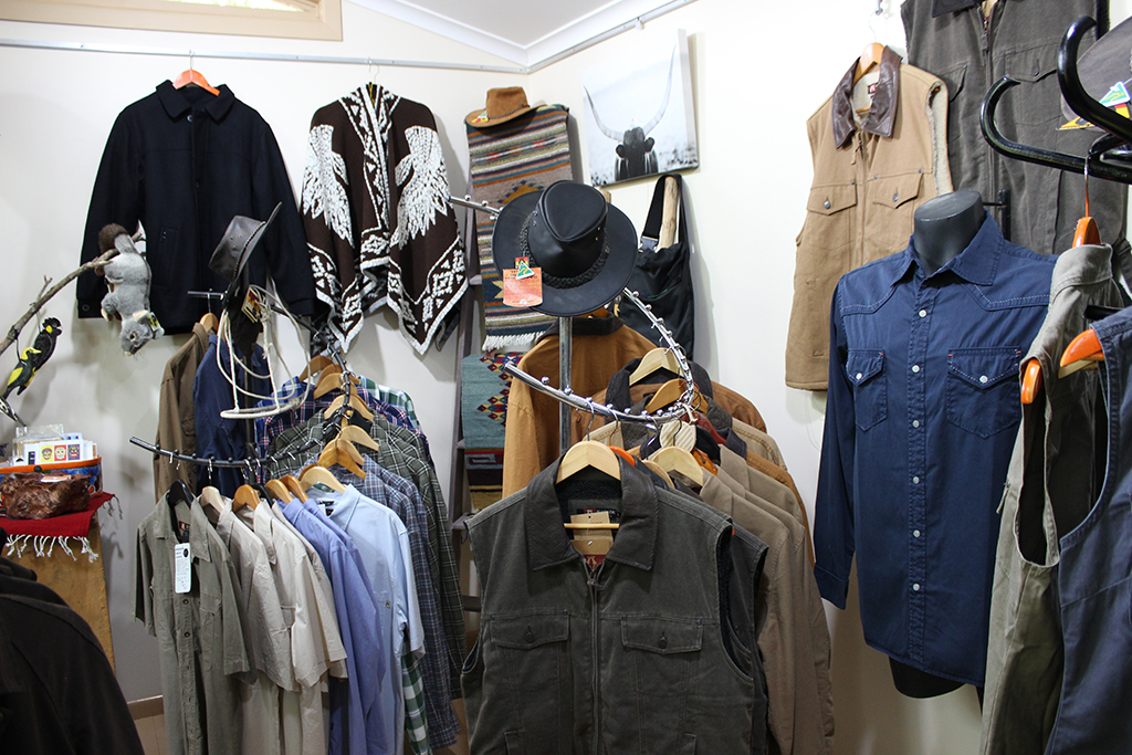 Western style shirts and vest for men and women