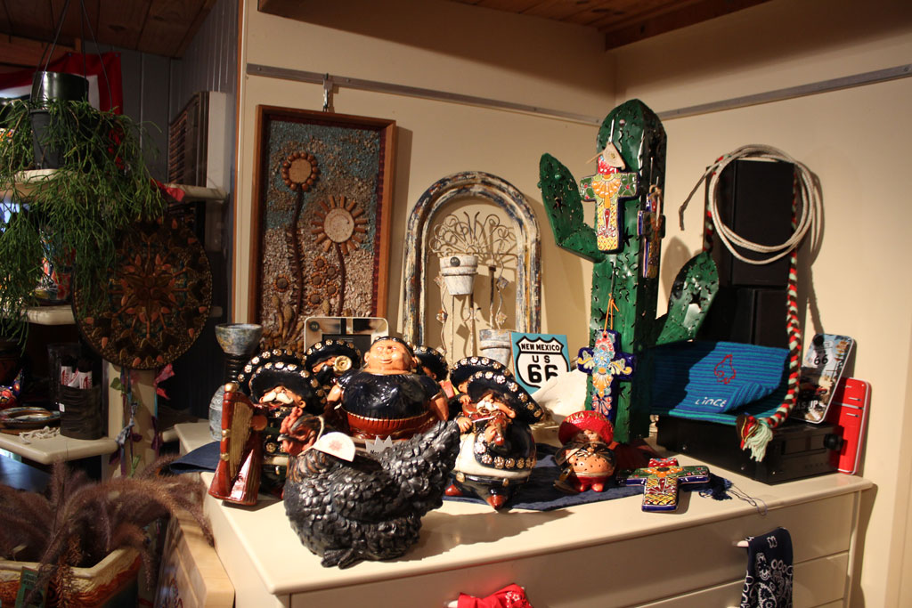 Mexican style figurines